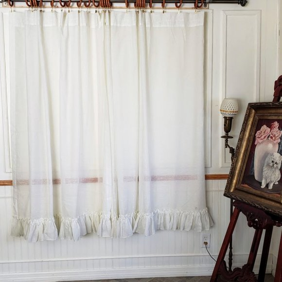 SOLD Vtg Curtains Semi Sheer Ruffled 123W x 66L